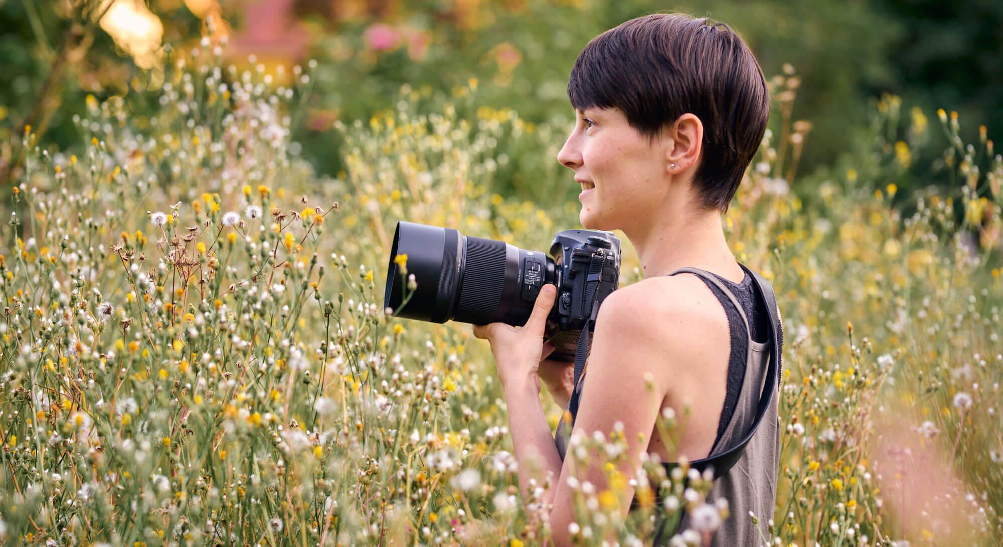 Sabine mit Kamera